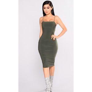 Nova Babe Dress (Fashion Nova, L, Olive)